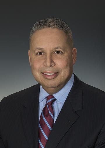 Manny Barrows Headshot